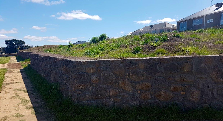 2 Rennick Drive, Kyneton, VIC, 3444 - Image 2