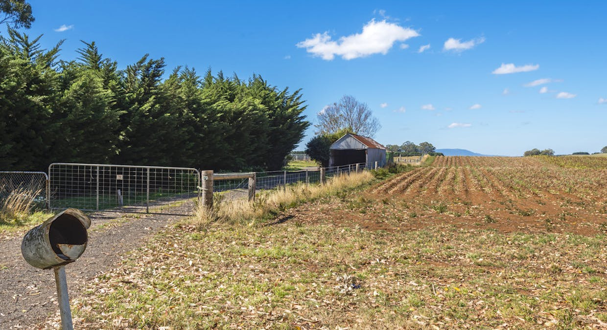 70 Rothes Rd, Little Hampton, VIC, 3458 - Image 16