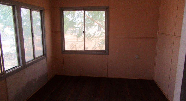 33 Manuka Street, Winton, QLD, 4735 - Image 6