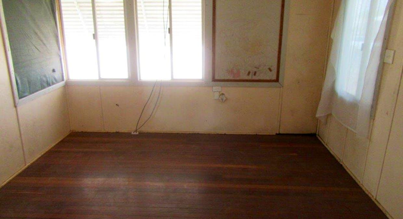 33 Manuka Street, Winton, QLD, 4735 - Image 7