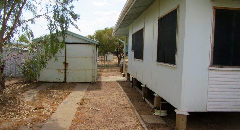 33 Manuka Street, Winton, QLD, 4735 - Image 3