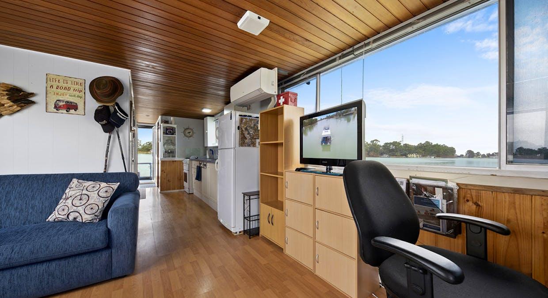 18 Ral Ral Moorings - Eclipse Houseboat, Renmark, SA, 5341 - Image 4