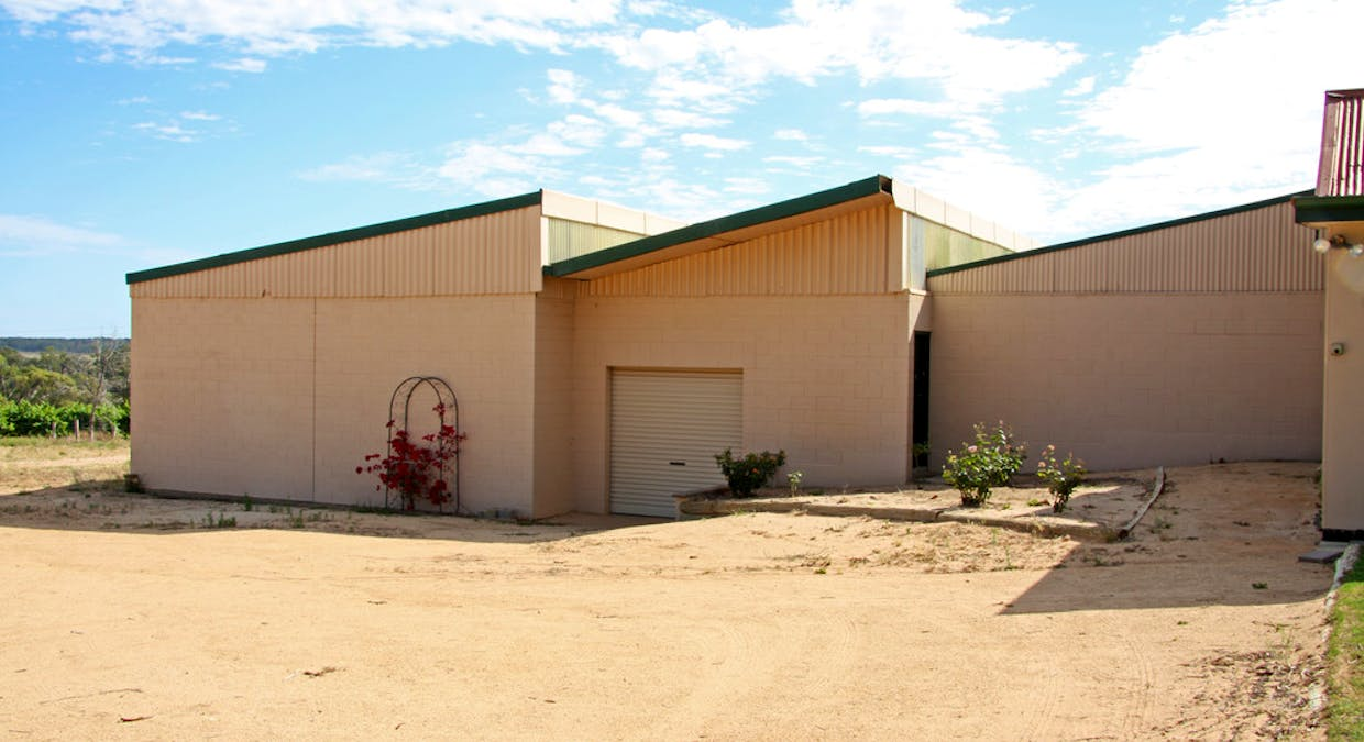 1851 Kingston Road - New Residence, Loxton, SA, 5333 - Image 12