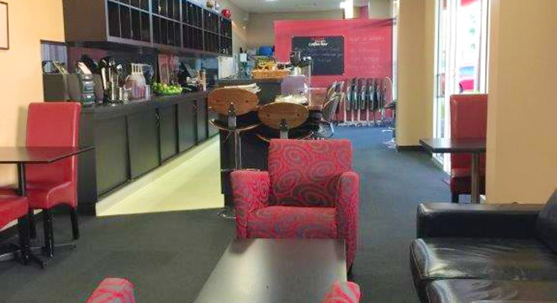 Shop 4 / 347 Wagga Road, Lavington, NSW, 2641 - Image 2