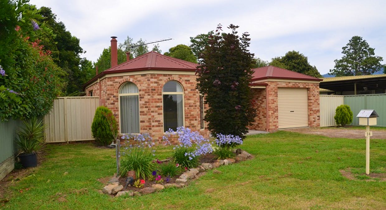 14 Valley Avenue, Mount Beauty, VIC, 3699 - Image 1