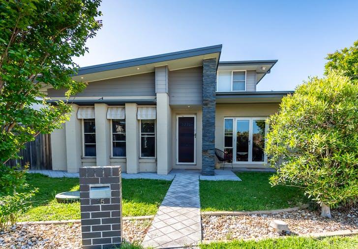 15 Haddin Road, Flinders, NSW, 2529