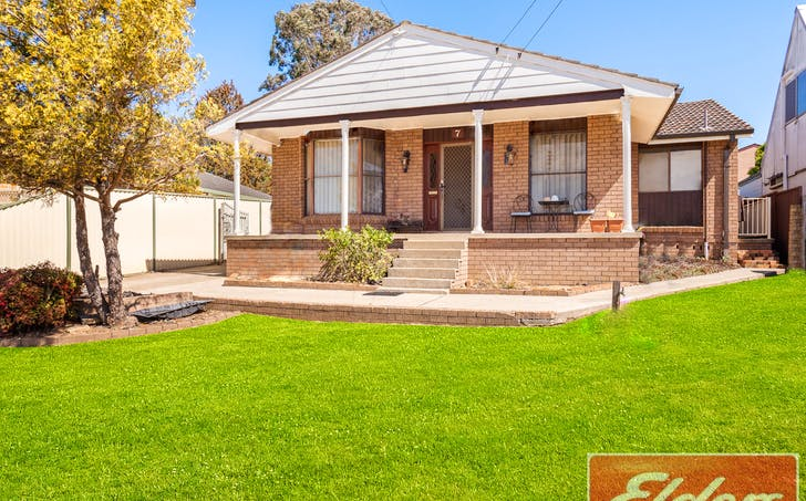 7 Driver Avenue, Wallacia, NSW, 2745 - Image 1