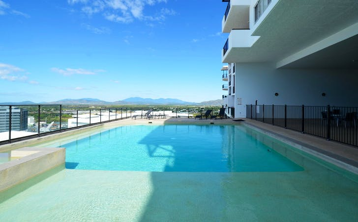 72/1 Stanton Terrace, Townsville City, QLD, 4810 - Image 1