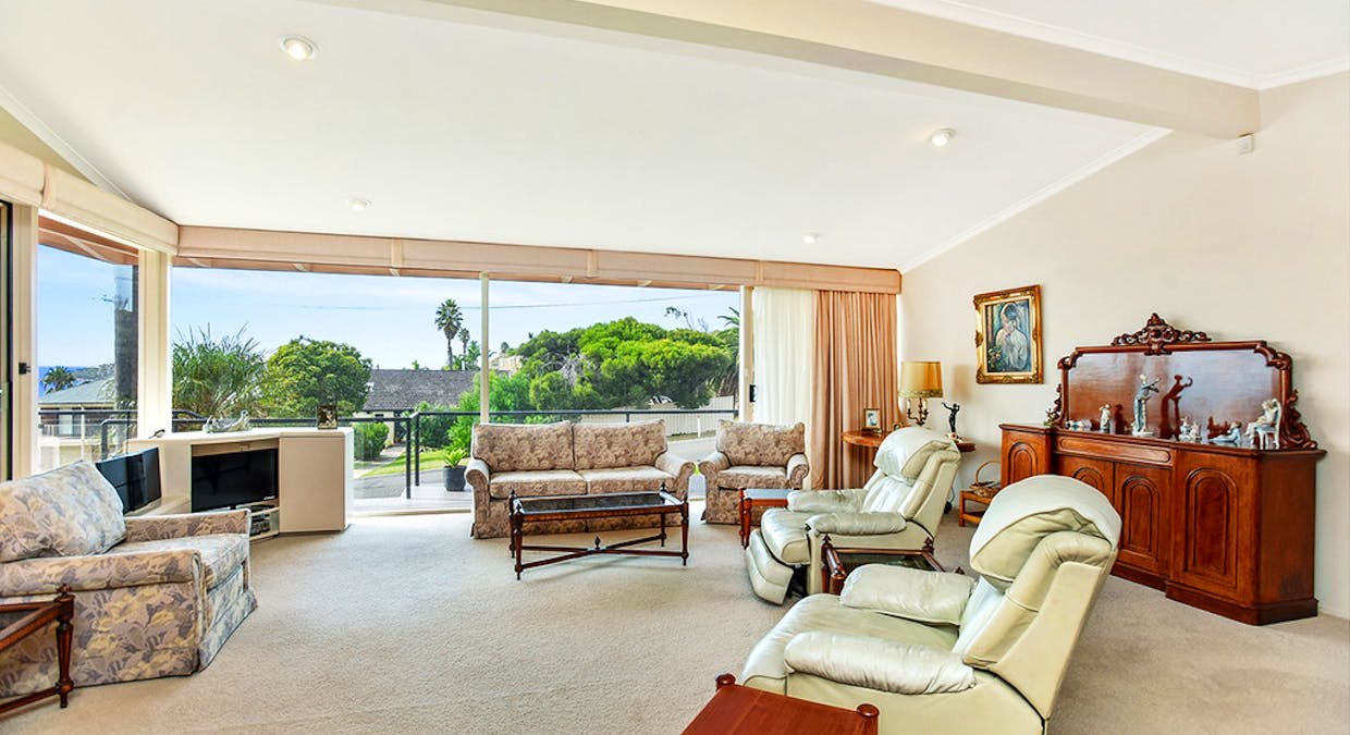 21 Investigator Crescent, Encounter Bay, SA, 5211 - Image 5