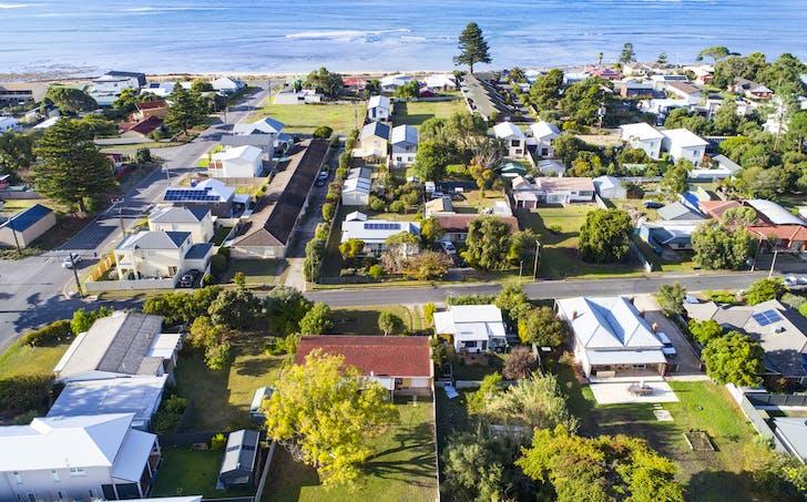 5 Russell Street, Encounter Bay, SA, 5211 - Image 1