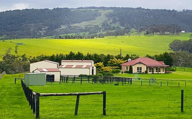 8 Sawpit Gully Road, Inman Valley, SA, 5211 - Image 1