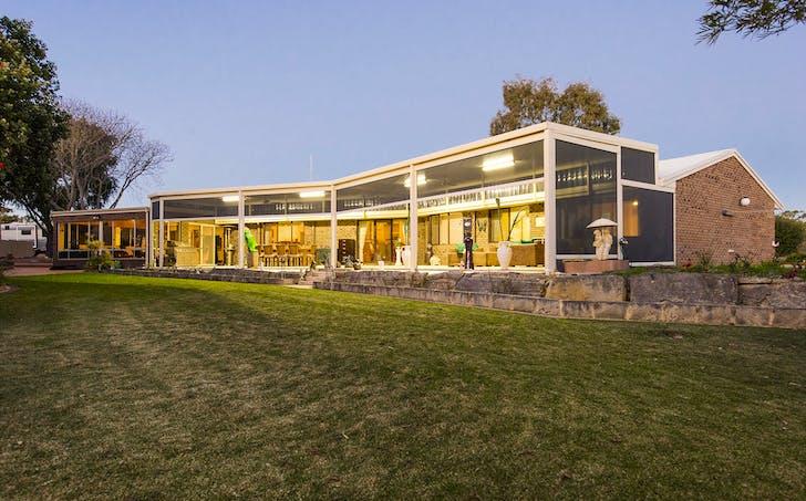 19 Banksia Court, Woodridge, WA, 6041 - Image 1
