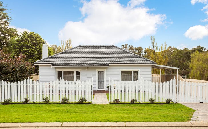 15 Beverley Terrace, South Guildford, WA, 6055 - Image 1