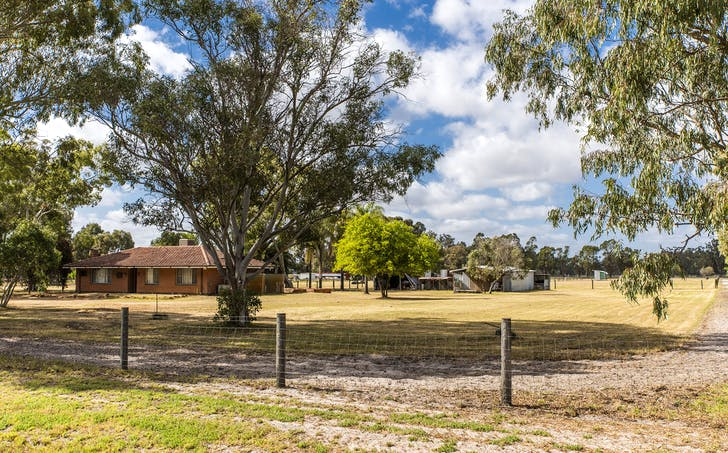 25 West Road, Bullsbrook, WA, 6084 - Image 1