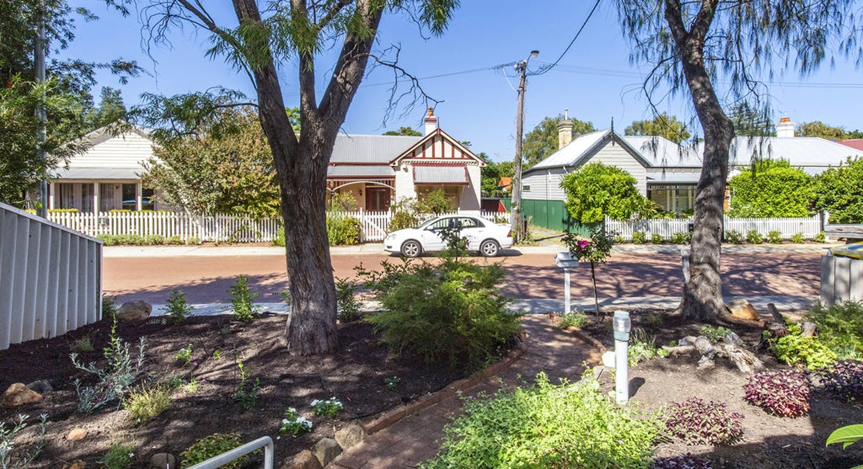 6 Turton Street, Guildford, WA, 6055 - Image 20