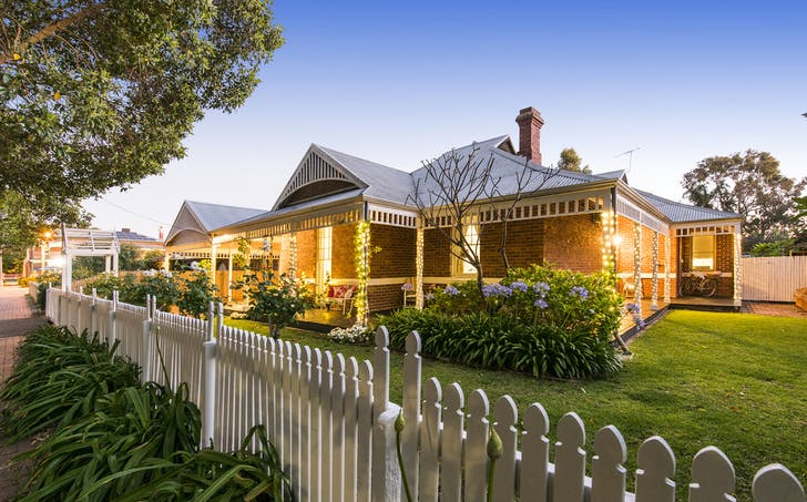 19 Swan Street East, Guildford, WA, 6055 - Image 1