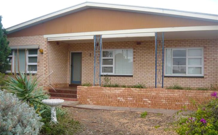 10 Hincks Avenue, Whyalla Norrie, SA, 5608 - Image 1