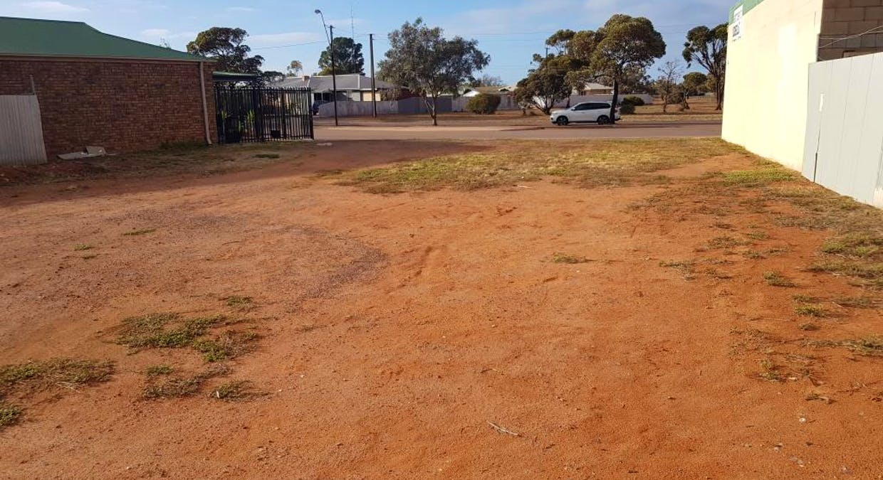 52 and 54 and 56 Boettcher Street, Whyalla Stuart, SA, 5608 - Image 5