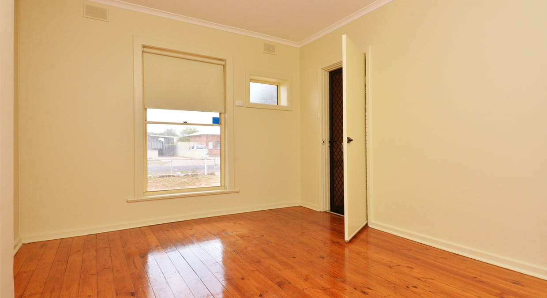 33 Patten Street, Whyalla Stuart, SA, 5608 - Image 2