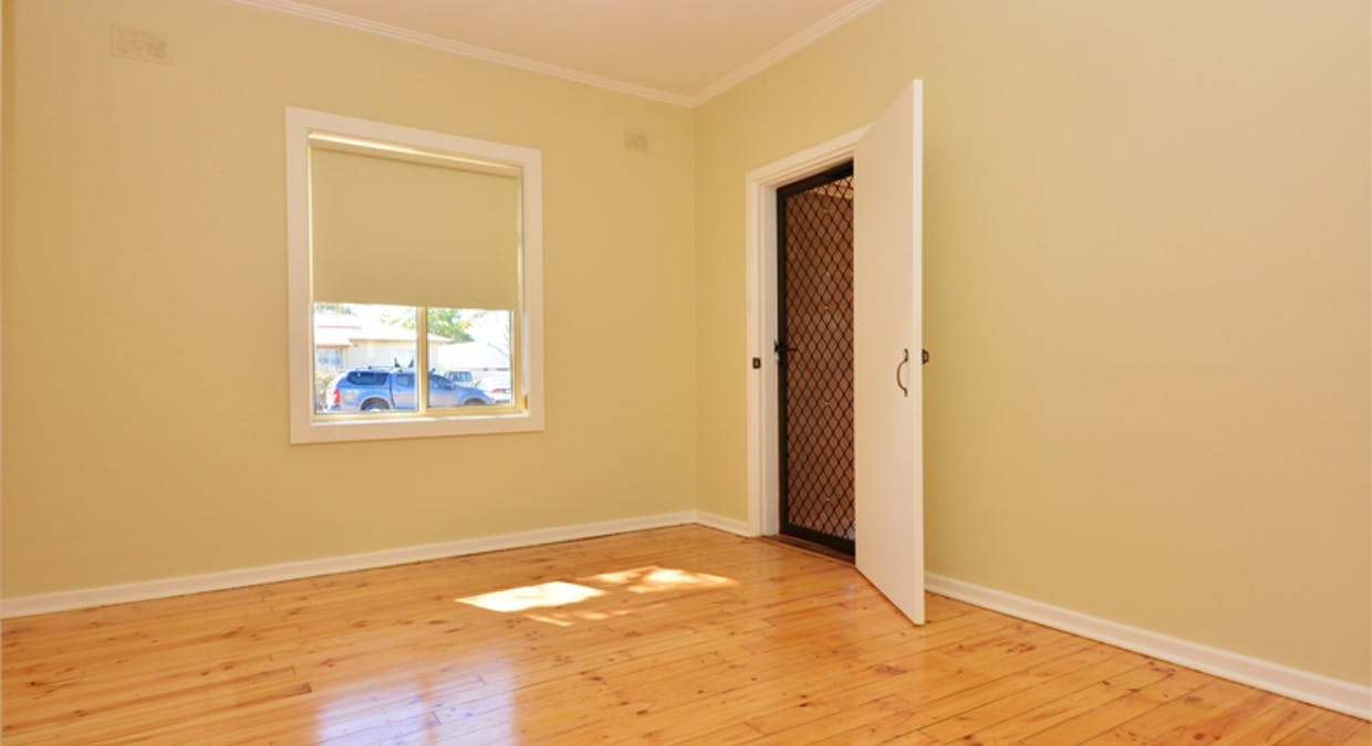 9 Flew Street, Whyalla Norrie, SA, 5608 - Image 2