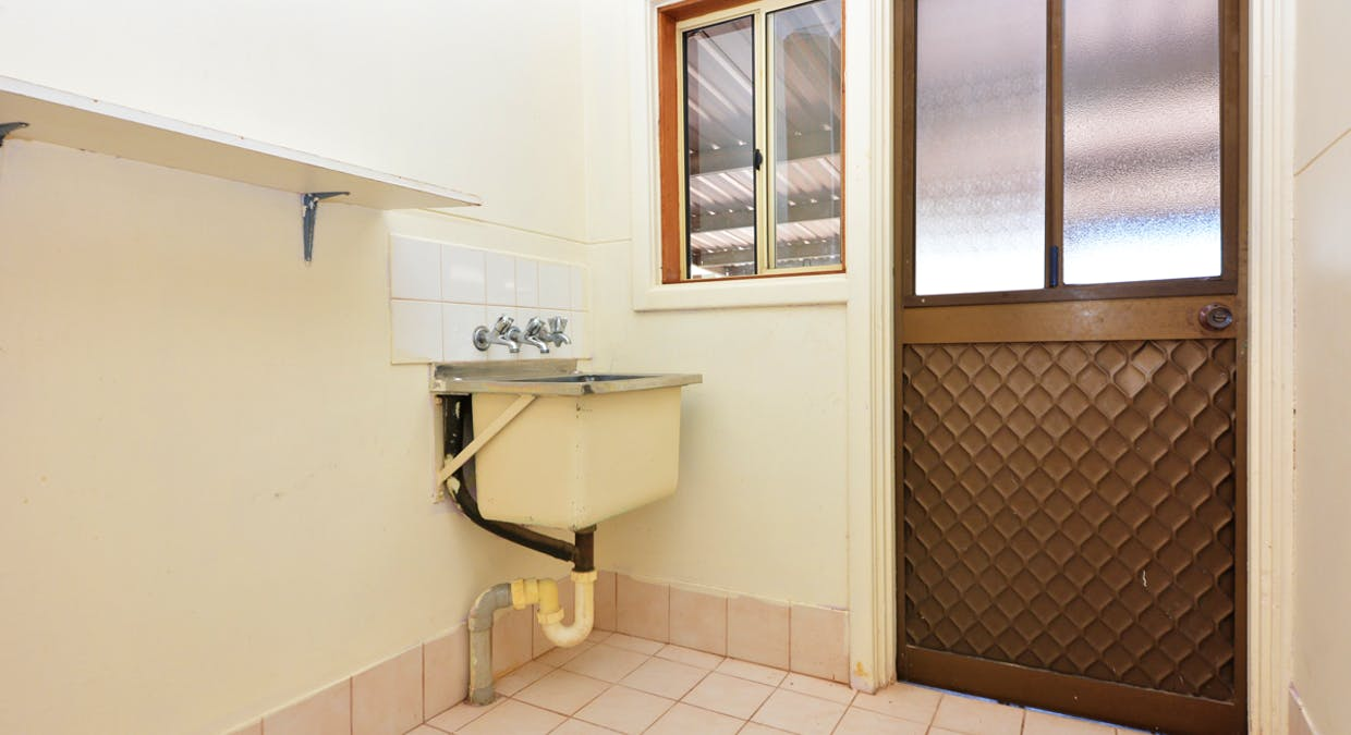 21 Henderson Street, Whyalla Norrie, SA, 5608 - Image 9