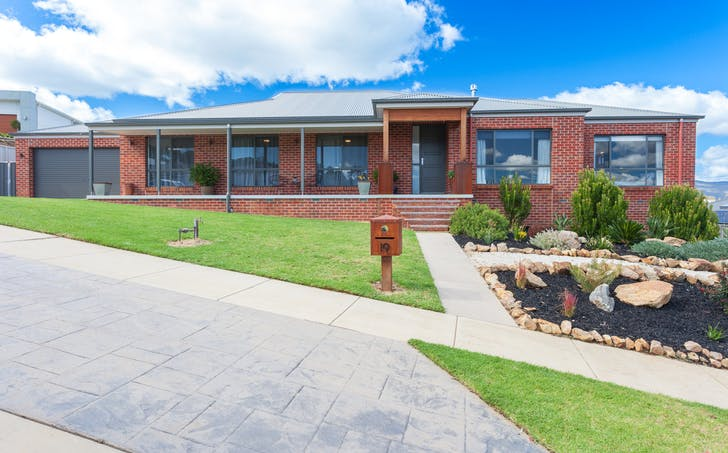 19 Kite Place, Leneva, VIC, 3691 - Image 1
