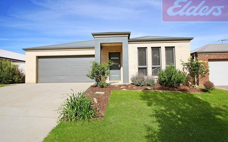 10 Chafia Place, Springdale Heights, NSW, 2641 - Image 1