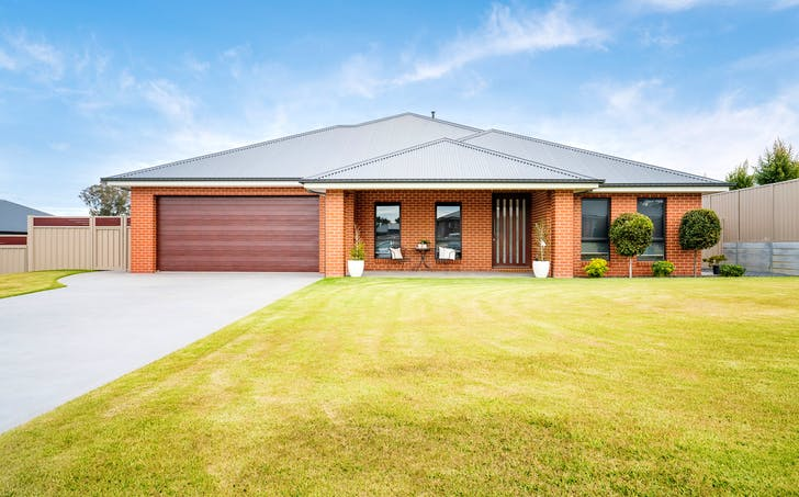 12 Leicester Street, Springdale Heights, NSW, 2641 - Image 1
