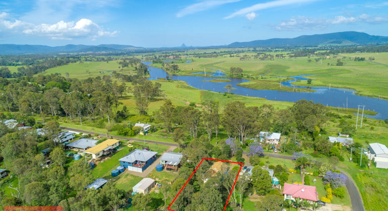 25 Pooles Road, Villeneuve, QLD, 4514 - Image 2