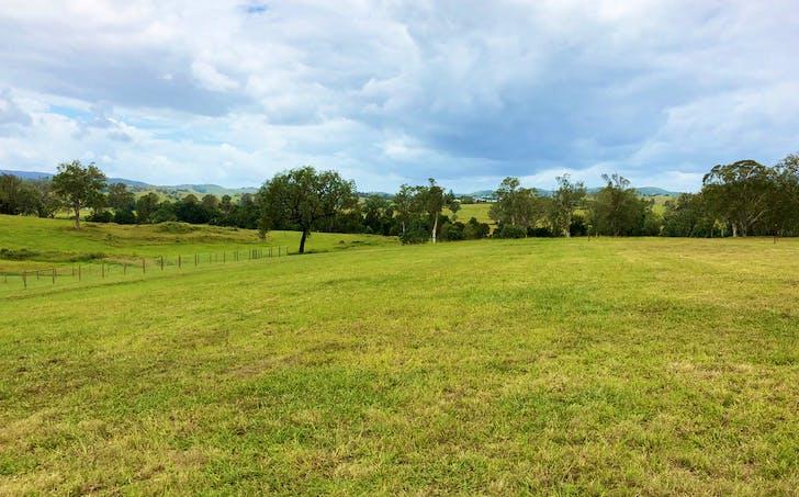 8 Pine Tree Drive, Winya, QLD, 4515 - Image 1