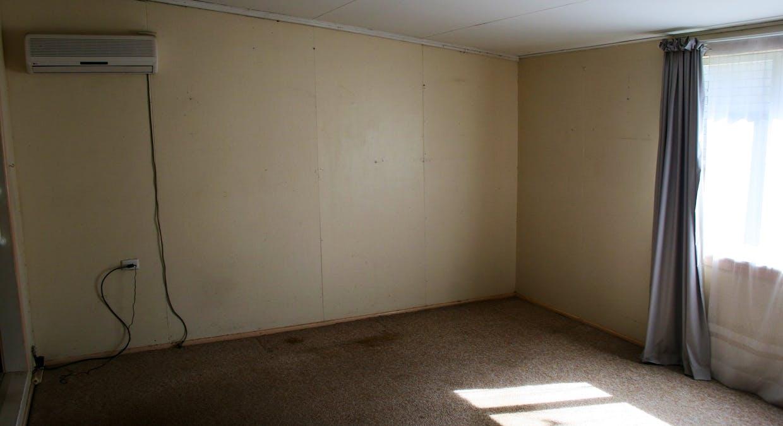 6 Robson Street, Kilcoy, QLD, 4515 - Image 7