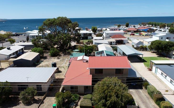 10 Ramsay Street, Port Vincent, SA, 5581 - Image 1