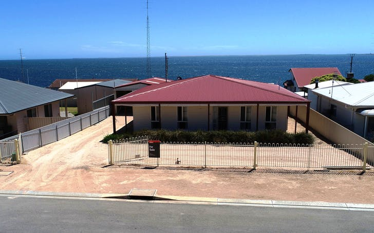 10 Bowsprit Way, Port Victoria, SA, 5573 - Image 1