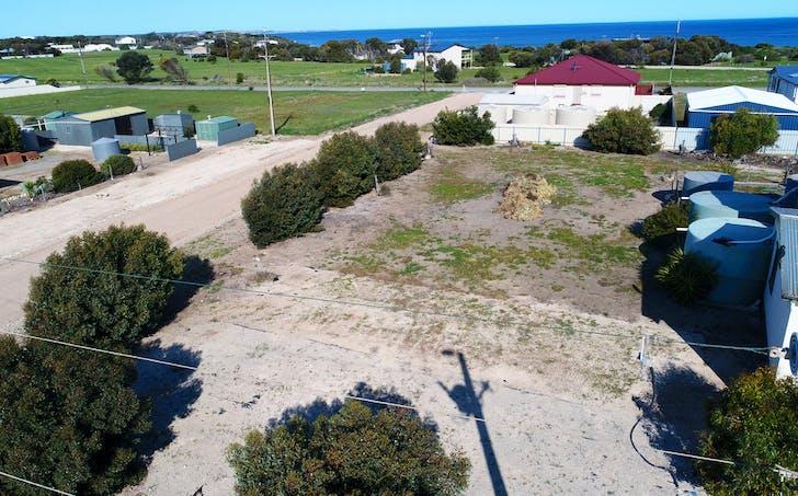 98 Camperdown Tce, Port Moorowie, SA, 5576 - Image 1