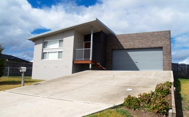 15 Koma Circuit, Bega, NSW, 2550 - Image 1