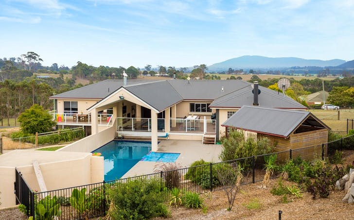19 Mountview Close, Bega, NSW, 2550 - Image 1
