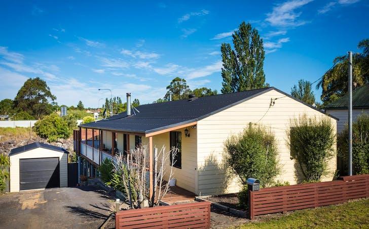 52 Valley Street, Bega, NSW, 2550 - Image 1