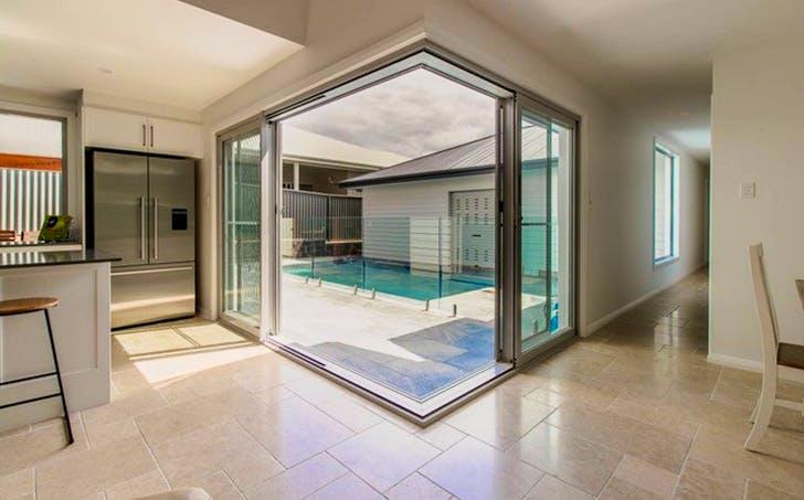 20 Aquarius Avenue, Lake Cathie, NSW, 2445 - Image 1