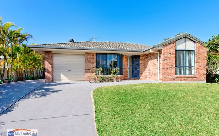 40 Fiona Crescent, Lake Cathie, NSW, 2445 - Image 1