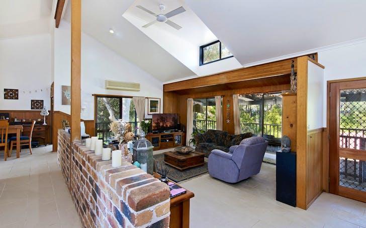 7 Marumba Court, Bonny Hills, NSW, 2445 - Image 1