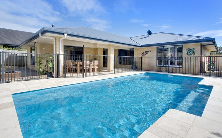 27 Hungerford Place, Bonny Hills, NSW, 2445 - Image 1