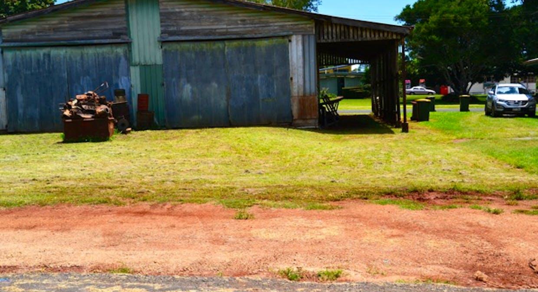 5 Eacham Place Seres Garage, Malanda, QLD, 4885 - Image 10