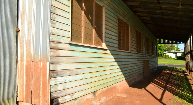 5 Eacham Place Seres Garage, Malanda, QLD, 4885 - Image 4
