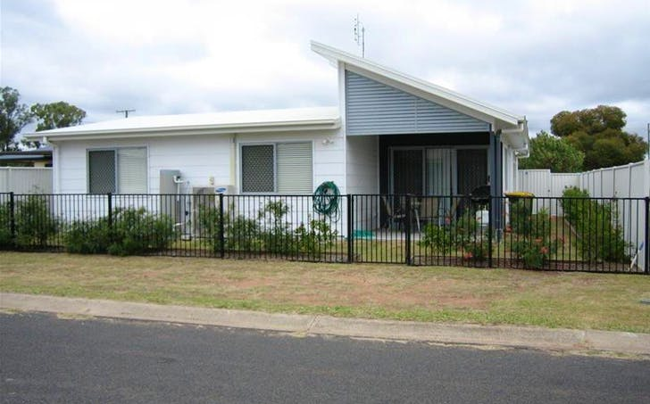 9 Racecourse Rd, Miles, QLD, 4415 - Image 1