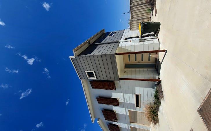 2/11 Hoffman, Wandoan, QLD, 4419 - Image 1
