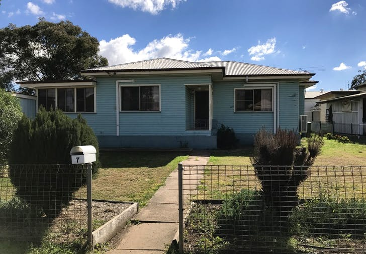 7 Hunter St, Dalby, QLD, 4405