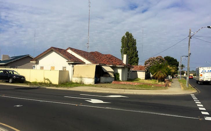 27 Forrest Avenue, South Bunbury, WA, 6230 - Image 1
