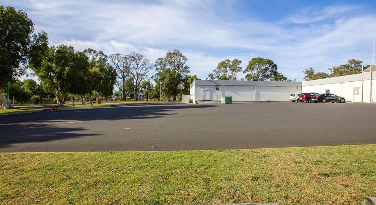 26 Hudson Road, Withers, WA, 6230 - Image 8