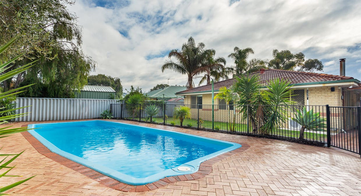69 Clydebank Ave, West Busselton, WA, 6280 - Image 2